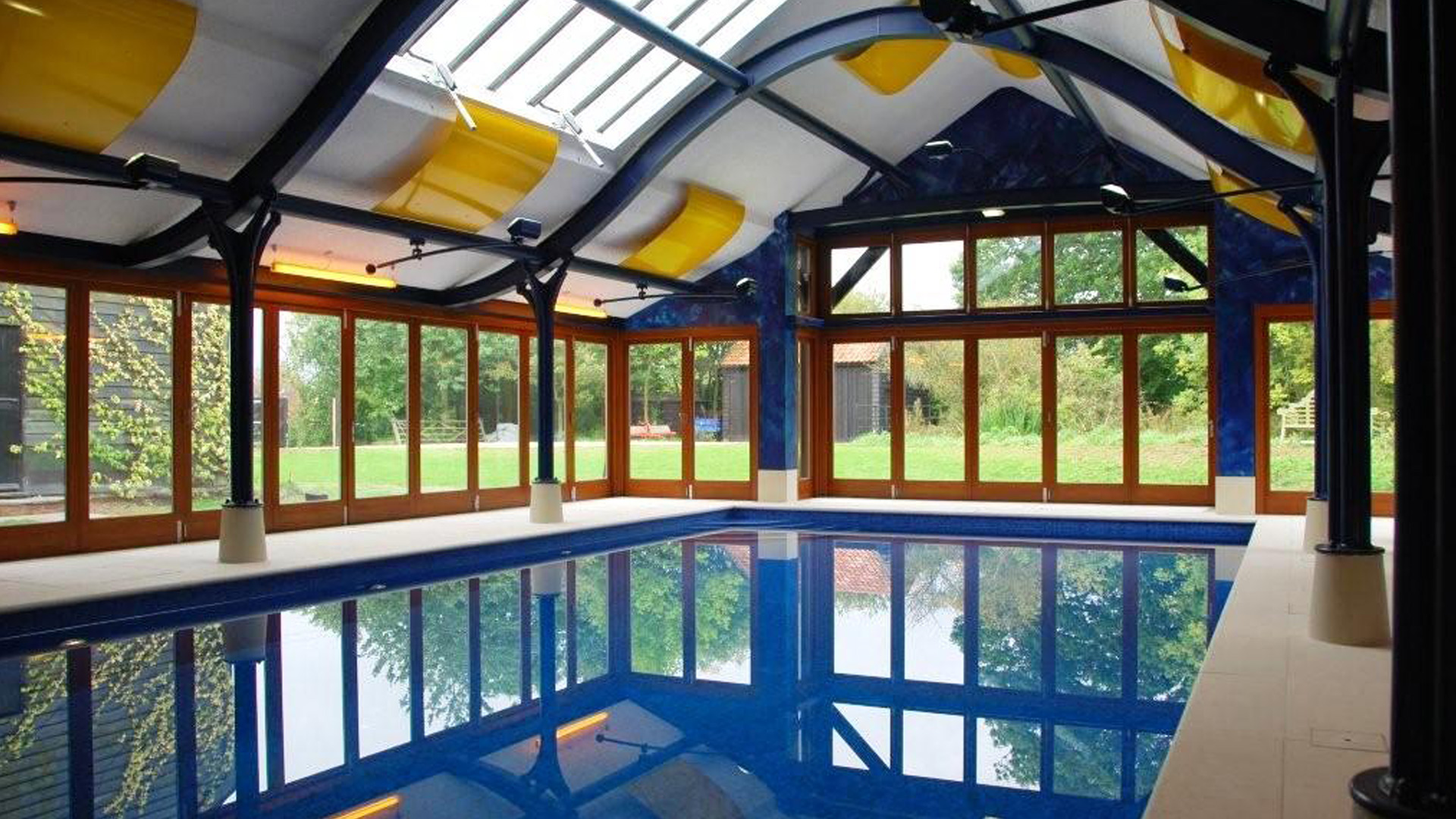 Oaks Barn Pool