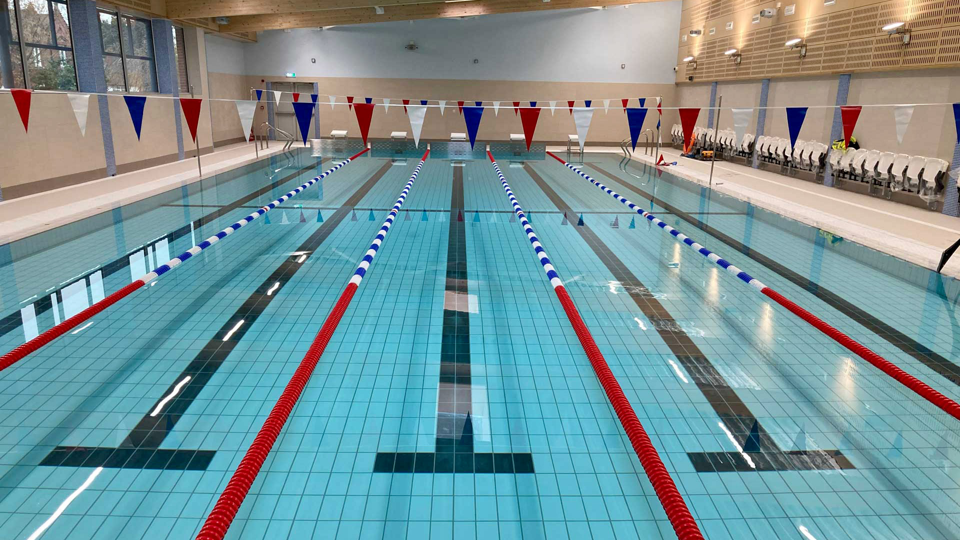 img-news-new-swimming-pool-at-hadleigh-ready-for-reopening